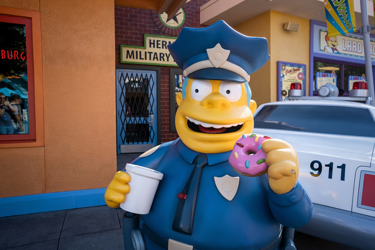 universal-studios-hollywood-simpsons-land