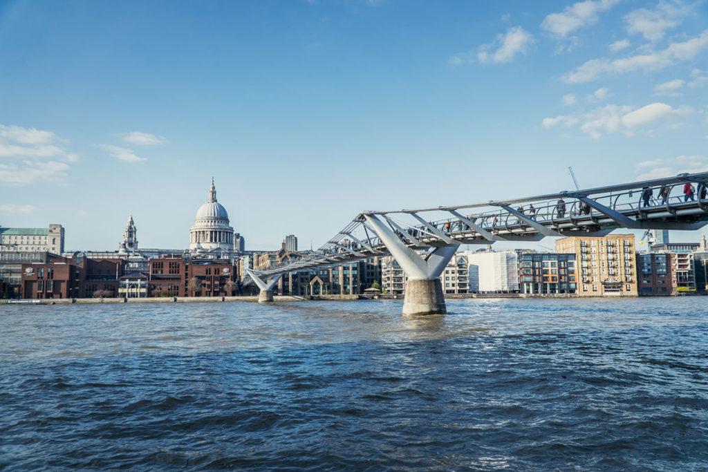 Millenium Bridge Harry Potter London Drehort