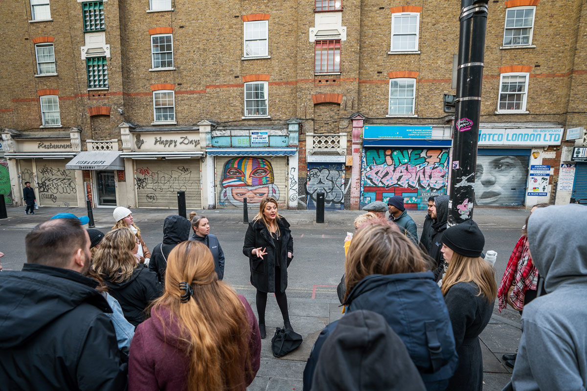 London Rock'N'Roll Tour Guide Sinead