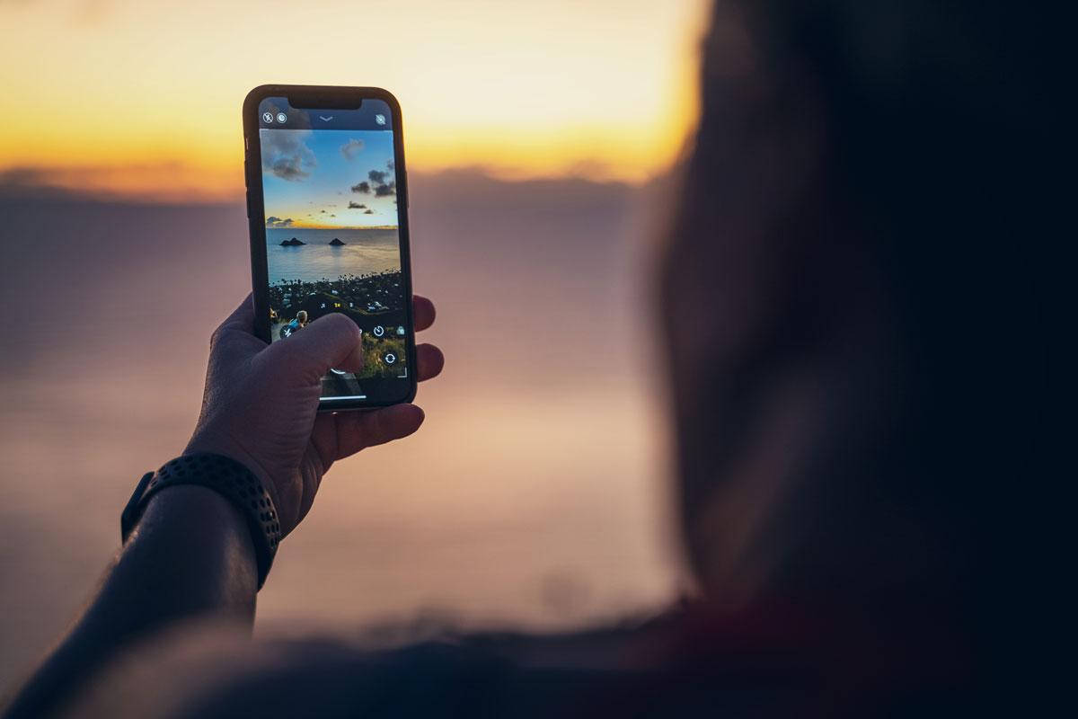 Hochformat oder Querformat? Für Instagram und Instagram Stories nehmen wir Bilder im Hochformat auf.