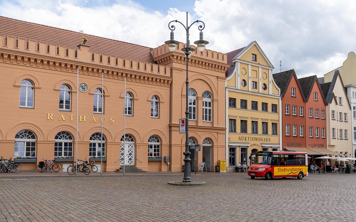 Eine Handvoll Schwerin