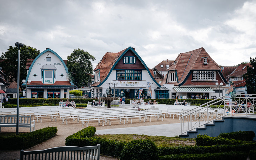 Kurpark und Mittelpromenade in Boltenhagen