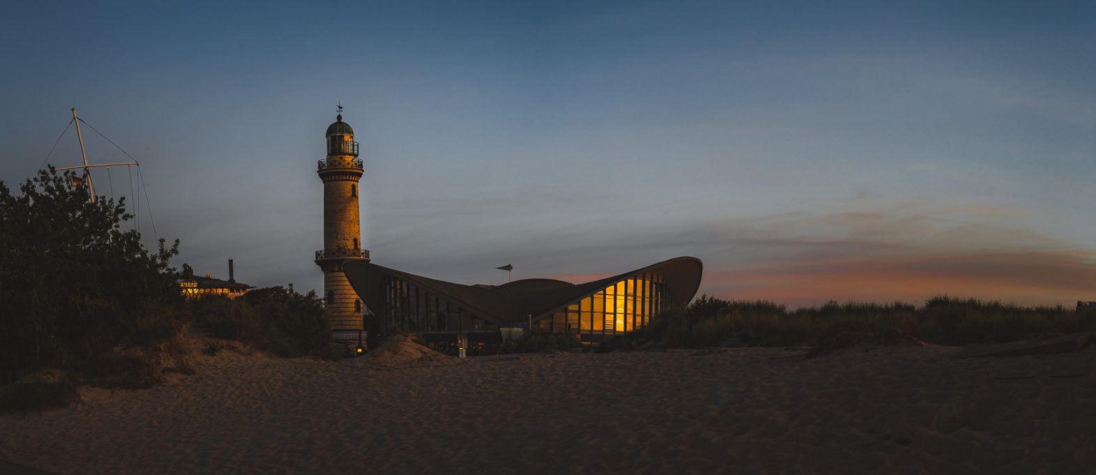 Teepott Leuchtturm Warnemünde Rostock