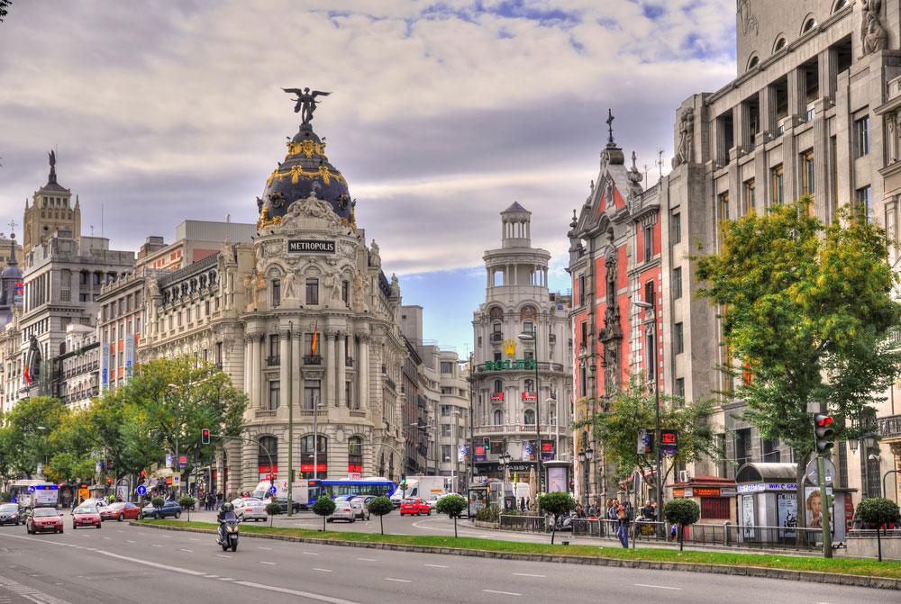 Berühmte Einkaufsstraße Gran Via Madrid
