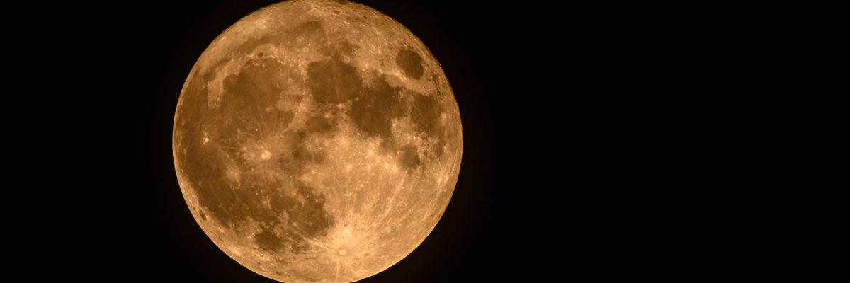Mond fotografieren: Einstellungen an der Kamera & wertvolle Tipps