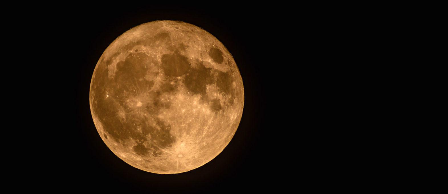 Mond fotografieren: Kamera Einstellungen & Tipps