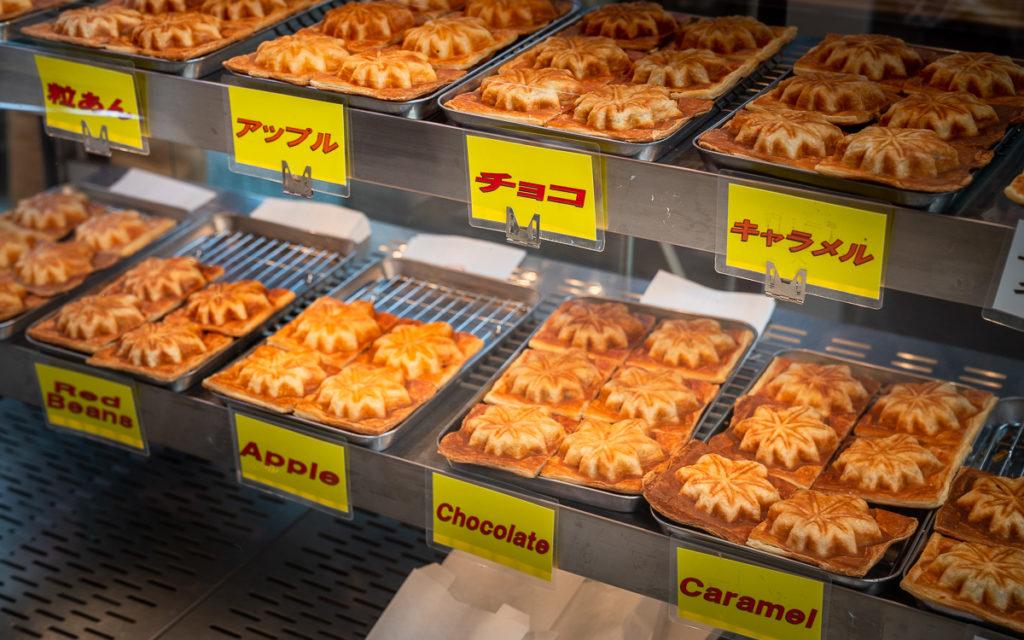 Momiji Manju-Gebäck Miyajima Geschmacksrichtungen