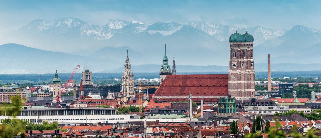 München Sehenswürdigkeiten Alpen-Panorama