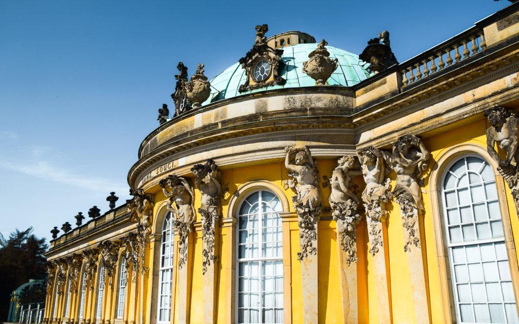 Schloss Sanssoucie ist ein Highlight in Potsdam (Brandenburg)