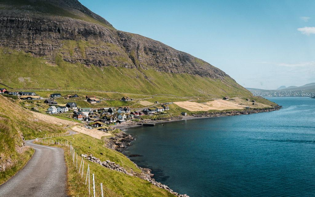 """Färöer Inseln: """"The Land of maybe"""": Sehenswürdigkeiten & Tipps mit Route 10"""