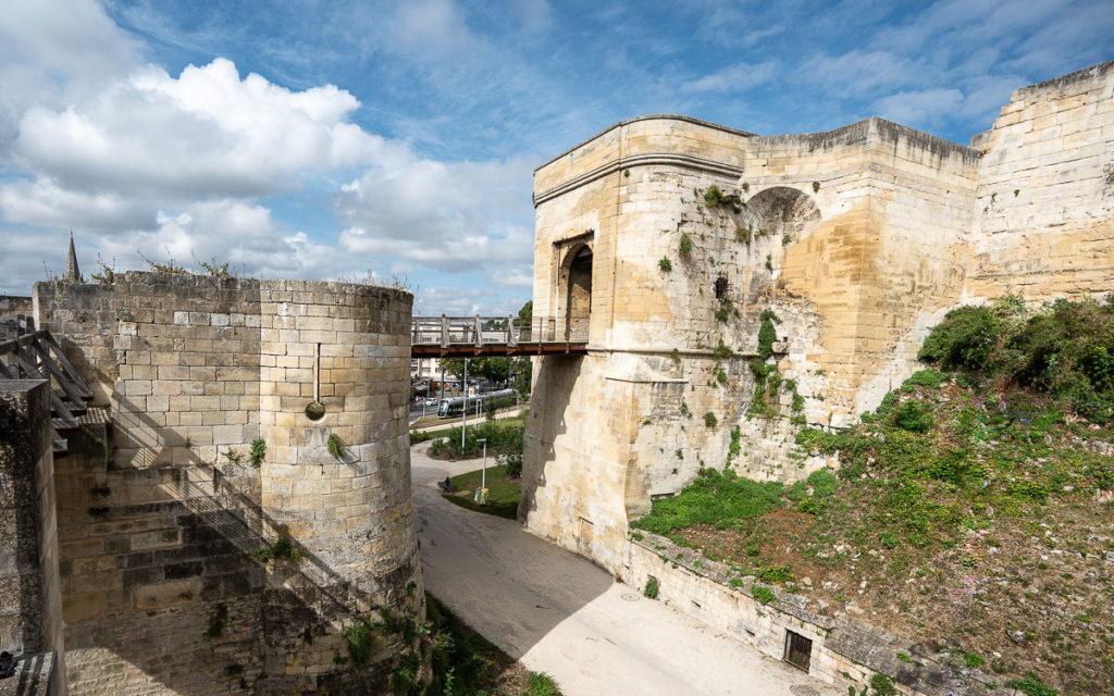 Porte Saint-Pierre Caen Burg