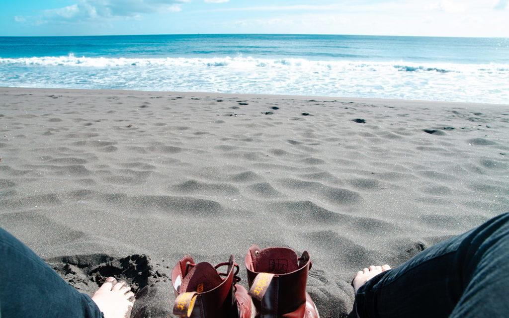 Aziren Insel São Miguel Schwarzer Strand