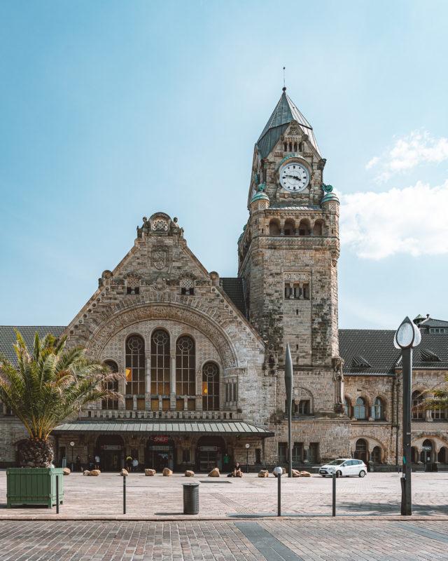 Bahnhof im Kaiserviertel in Metz, Frankfreich