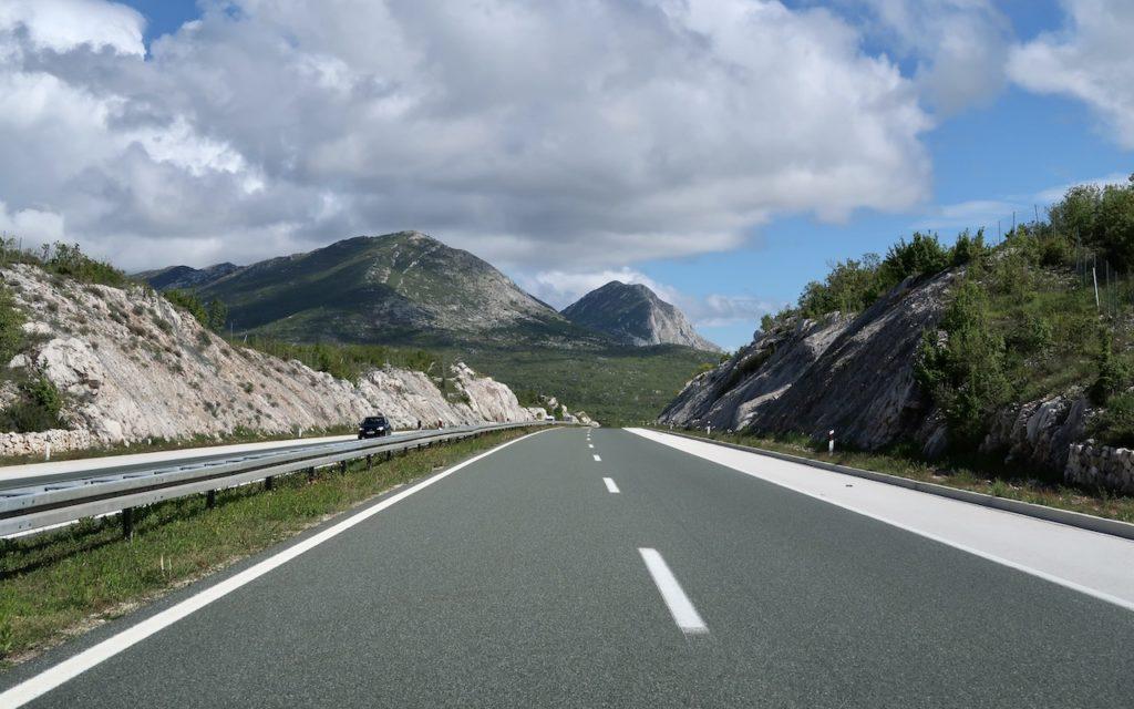 Rückreise über die mautpflichtige Autobahn nach Deutschland aus Kroatien