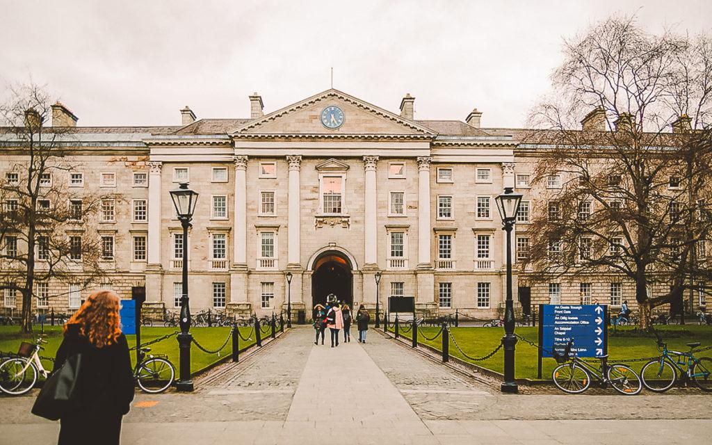 Dublin Trinity College Sehenswürdigkeit