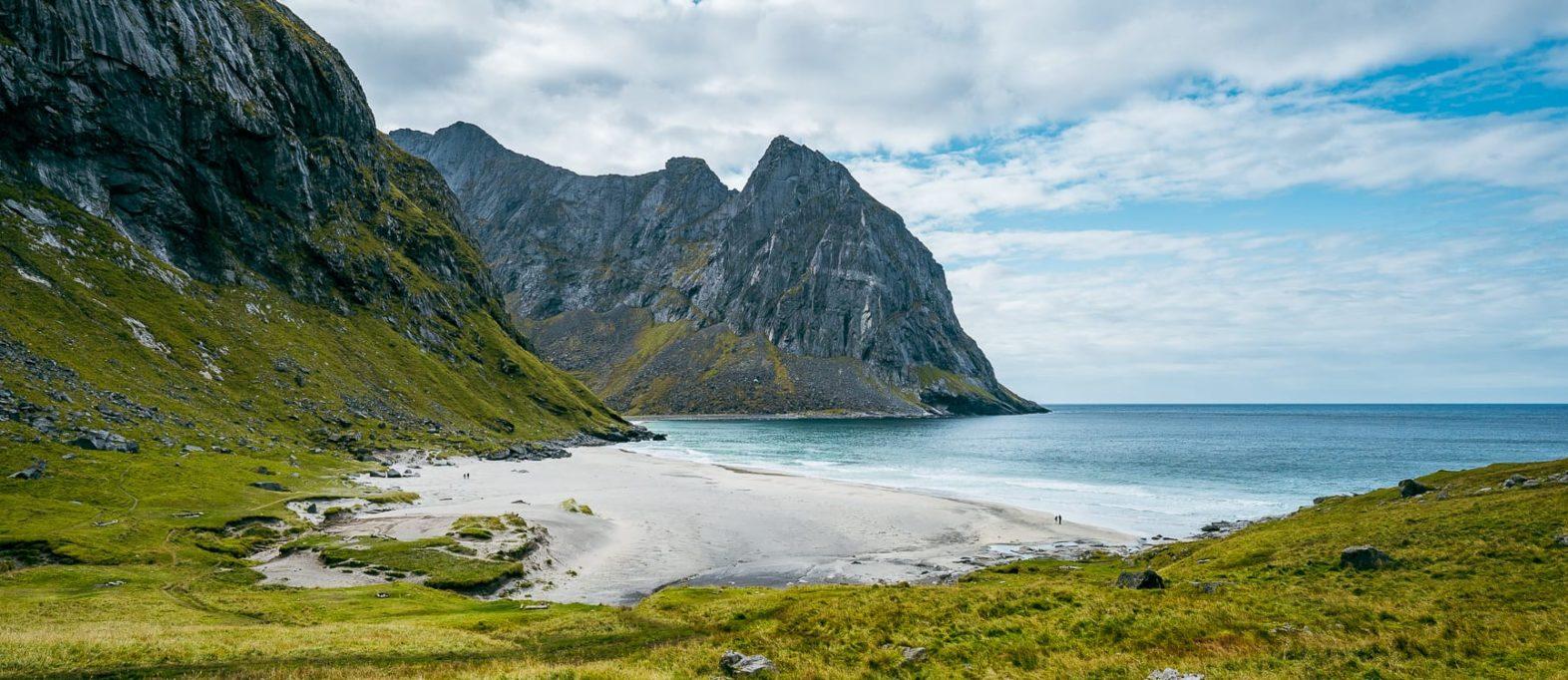 Kvalvika Beach Wanderung Lofoten Norwegen