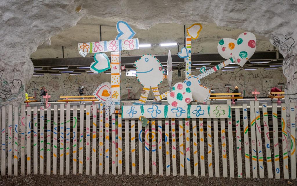 Stockholm: Kunst in den U-Bahn-Stationen auf eigene Faust als Tour 30