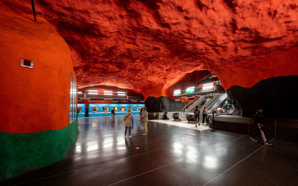 Stockholm: Kunst in den U-Bahn-Stationen auf eigene Faust als Tour 24